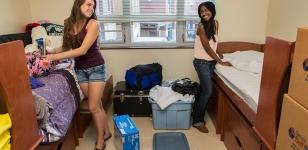 New Students Move In Day