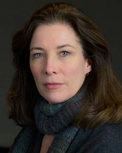 headshot of Elizabeth Mozer
