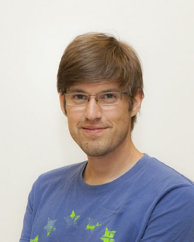 headshot of Florian Kuhn