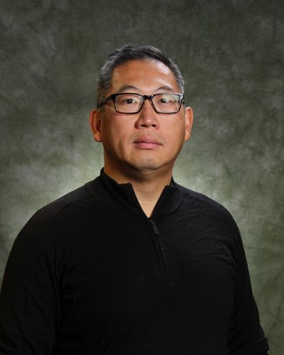 headshot of John Cheng
