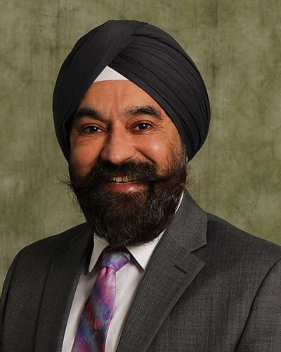 headshot of Surinder S. Kahai