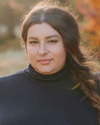headshot of Leigh-Anna Hidalgo