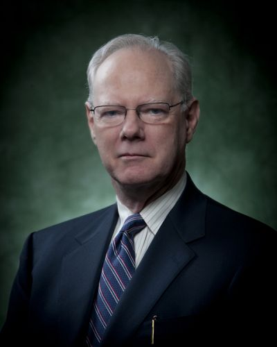 headshot of Richard E. Lee