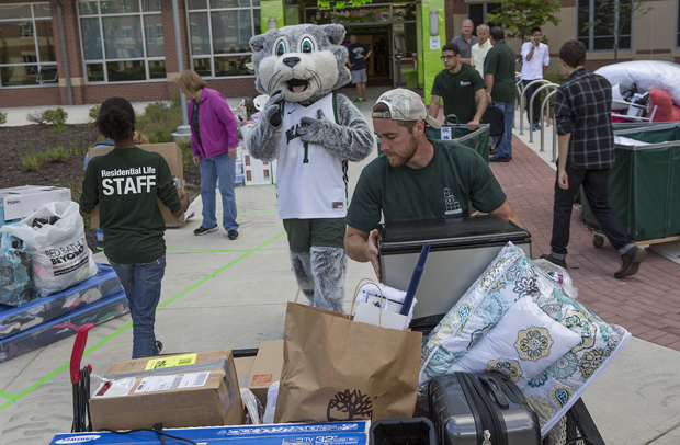 Binghamton opens its doors to new, returning students