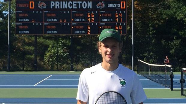 Ludovico Cestarollo went 4-0 in singles match play to win the Lenz singles draw of the 47th Farnworth Invitational at Princeton University.
