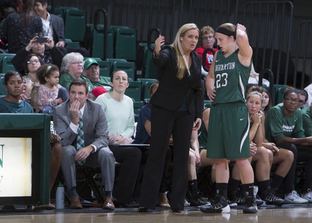 Kim Albrecht scored 27 points against Delaware State to give Linda Cimino her first regular-season victory as Bearcats' head coach.