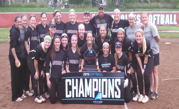 The Binghamton University softball team defeated Stony Brook to advance to win the America East championship and advance to the NCAA Tournament.
