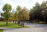 DeFleur Walkway
