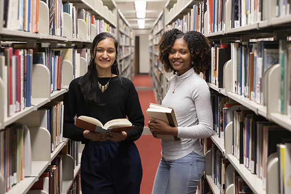 Elisa Starling and Natassia Josephs spent the summer of 2019 working on Harpur Fellows projects in Peru and Jamaica, respectively.