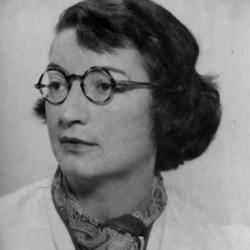 Pioneering paleontologist Tilly Edinger