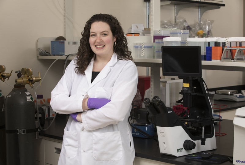 Tracy Hookway, an assistant professor in the Department of Biomedical Engineering at the Watson School of Engineering and Applied Science, has won a three-year, $449,629 award from the National Institutes of Health for her research on heart cells.