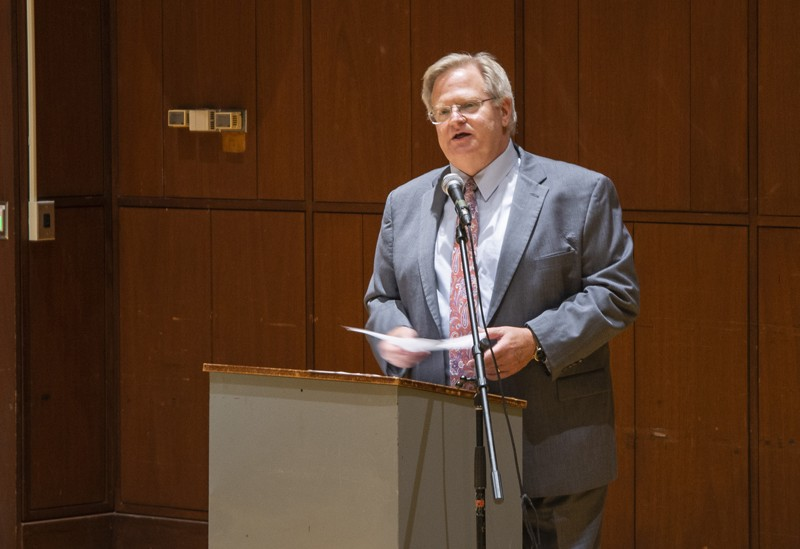 Eric Schwartz '79, LLD '14, delivers the third annual John and Lawrence Bonzani Memorial Law Lecture on Sept. 18. Schwartz served as dean of the Hubert H. Humphrey School of Public Affairs at the University of Minnesota before becoming president of Refugees International in 2017.