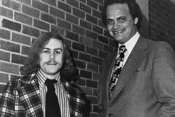 Stephen McKiernan '70, left, and Fred Thompson, minority counsel for the Senate Watergate Committee, at the Ohio University-Lancaster Campus, 1974.