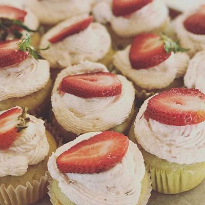 Parlor City Vegan's strawberry cupcakes