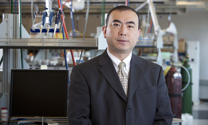 Associate professor Changhong Ke from the Binghamton University Mechanical Engineering Department has a history of working with the U.S. Air Force on air travel research.