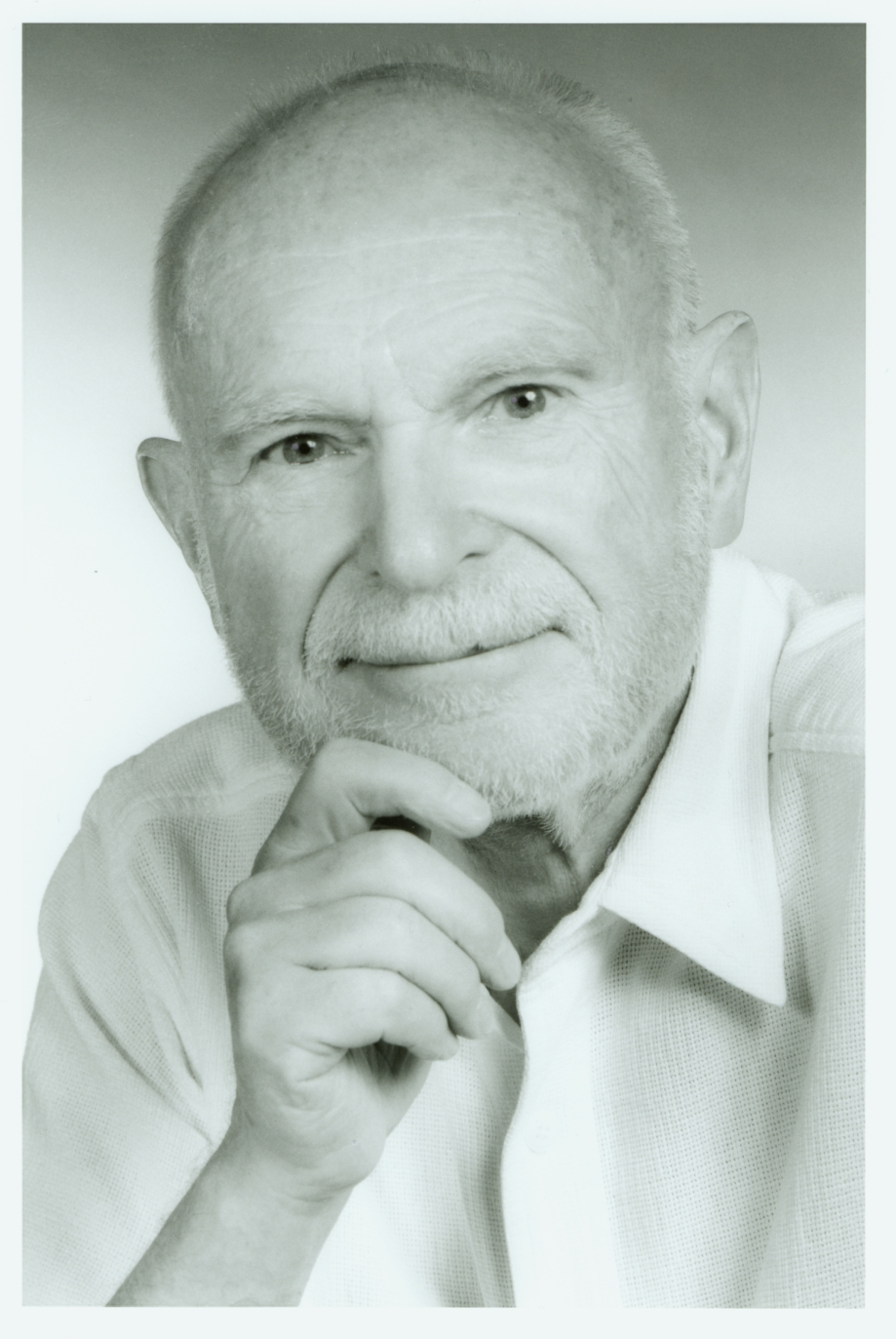 George J. Klir, a pioneer in the field of systems science, was a faculty member at Binghamton from 1969 until his retirement in 2007.
