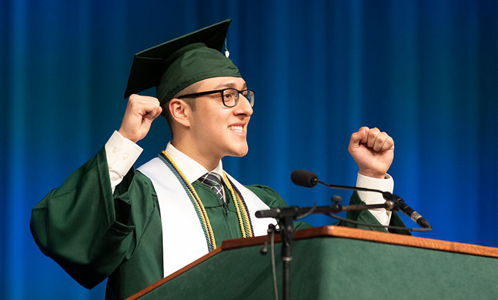 Student speaker Keivyn Reyes