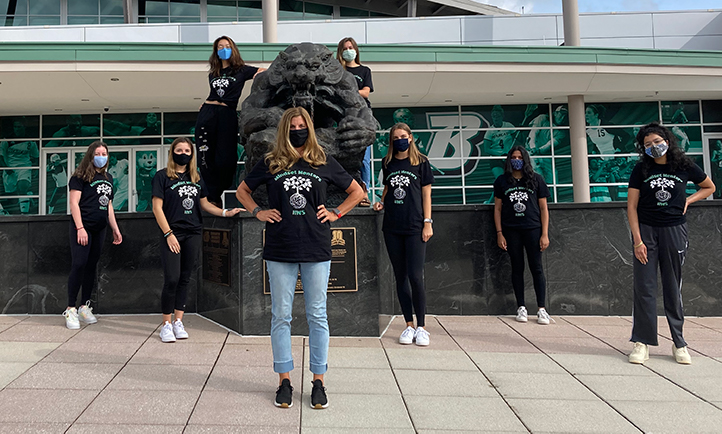 Jennifer Wegmann (center), from Decker College's Division of Health and Wellness Studies, leads the Mindset Mentors, a team of eight students whose goal is to help other students cope with stress brought on by the pandemic.
